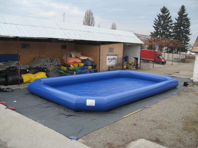 Opblaasbaar zwembad voor aquaballen 14x8m AQ2205