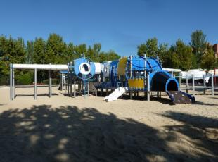 Buying outdoor playground equipment from LM Playgrounds